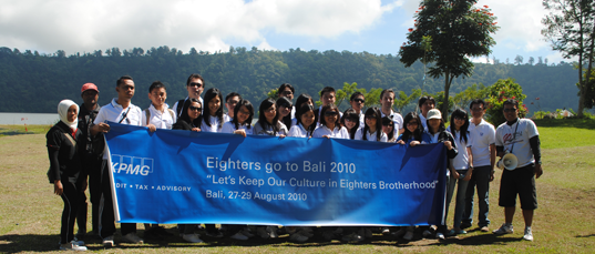 bali trekking group eighters